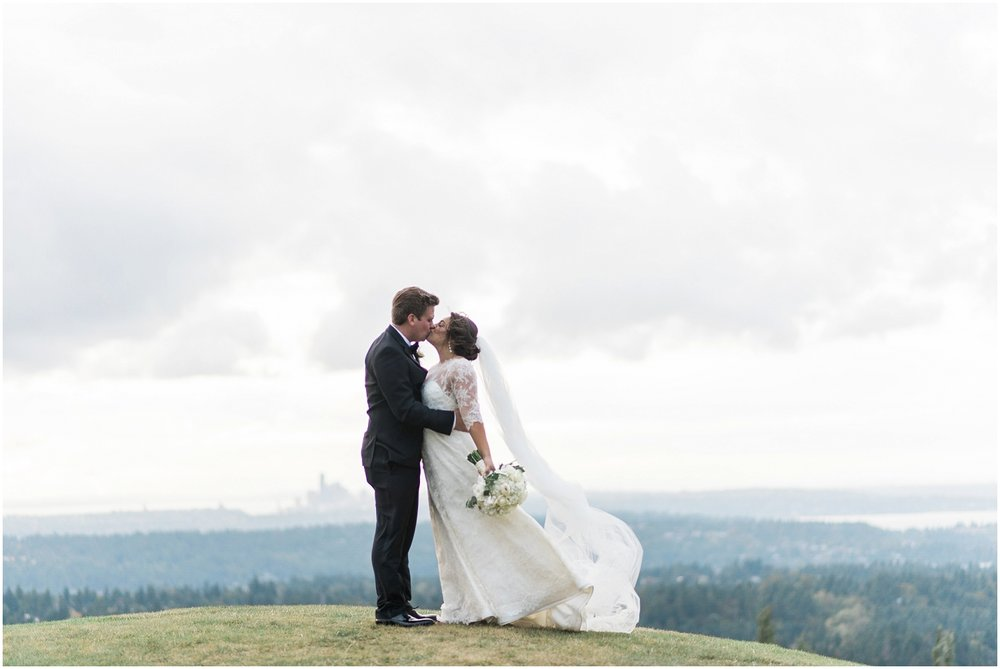Newcastle Golf Club, Badgley Mischka, Classic Wedding, High End Wedding, Timeless, Jenny Yoo, Wine and Ivory, Fall Wedding, Kitsap County Wedding, B. Jones Wedding