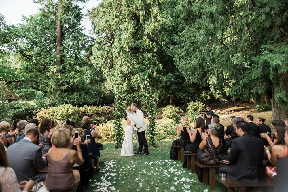 Chateau Lill Wedding. Woodinville Wine country wedding.