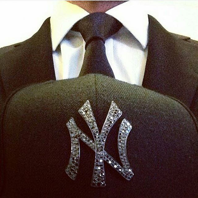 Always keepin' it classy over here at the ROCK'D office! ◇◇◇ www.getrockd.com ◇◇◇ #suitup #LOVE #Diamond #CUSTOMJEWELRY #NYC #instadaily #rochester #igaddict #instagood #buffalo #instahub #doubletap #Luxury #SMILE #beauty #photooftheday #albany #bestintheworld #beautiful #rare #teardrop #diamonds #bronx #igers #gems #amazing #emerald #syracuse #instagramhub #queens