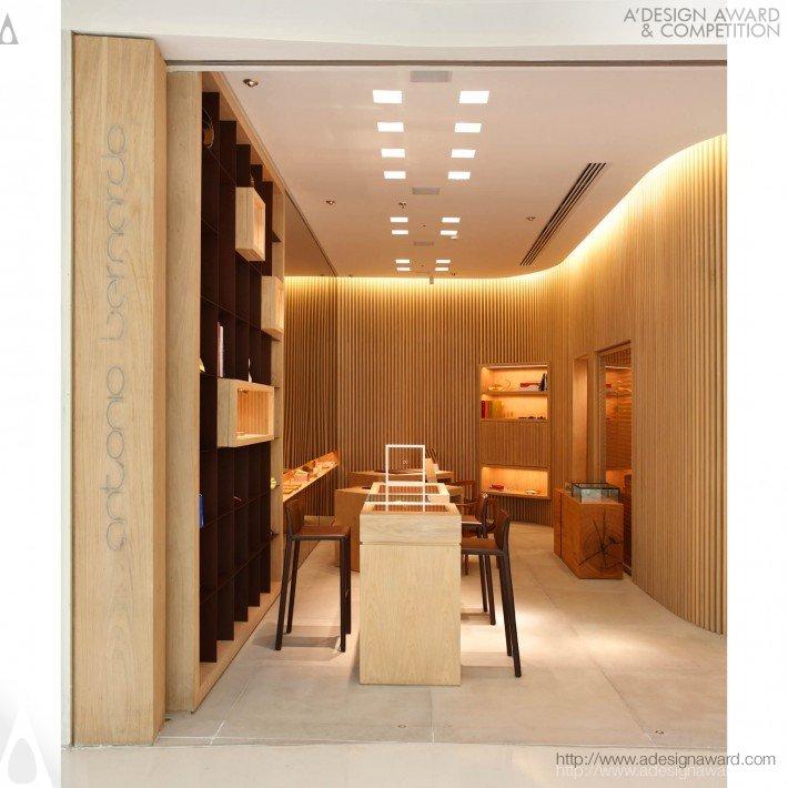Antonio Bernardo - Leblon Store