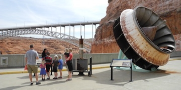 Glen Canyon Dam tour with Glen Canyon Natural History Association