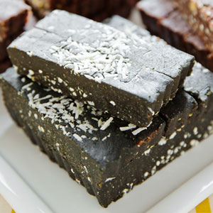Superfudge: Cacao Peppermint with Spirulina