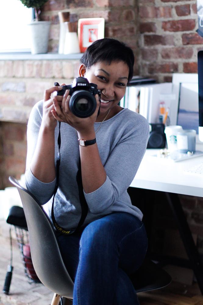 PHOTOGRAPHERSTUDIO.jpg