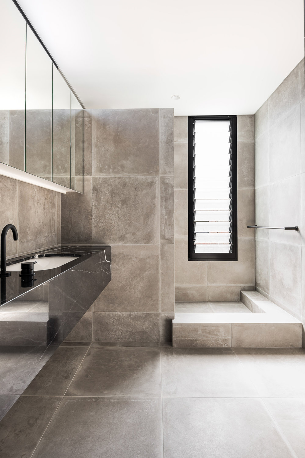 King George by Robeson Architects - Stone Bathroom