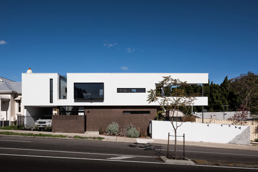 TRIANGLE HOUSE - ROBESON ARCHITECTS