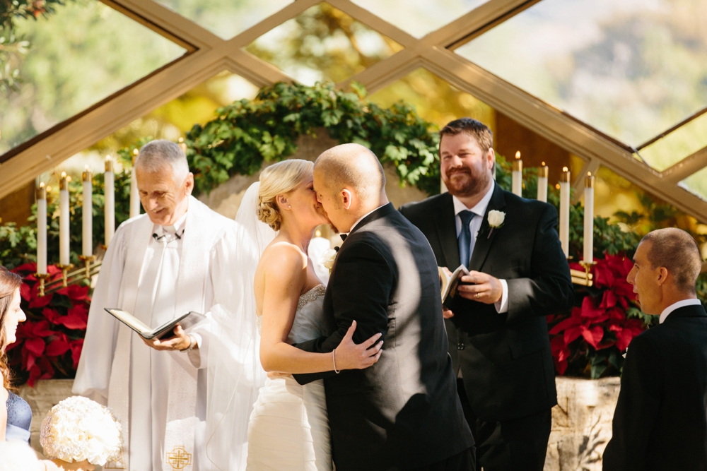 December wedding at Wayfarers Chapel