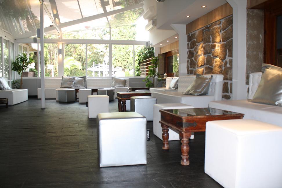 Salón de Cristal - Restaurante Latigazo