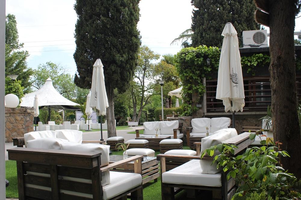 Terraza Restaurante El Latigazo 2018 (4).JPG
