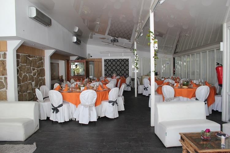Comunión - Sala White. Latigazo restaurante