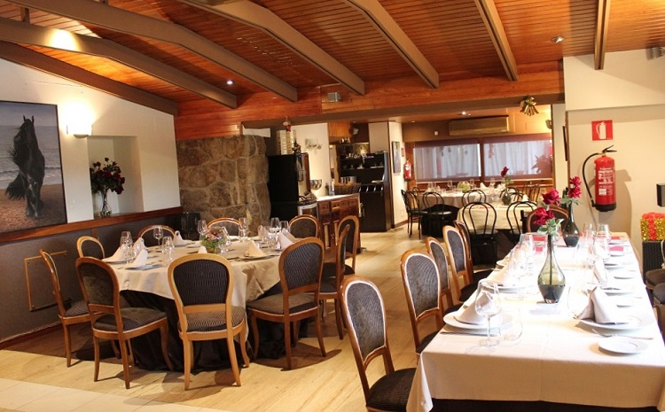 Banquete para bautizos - Salón Entrada - Latigazo restaurante