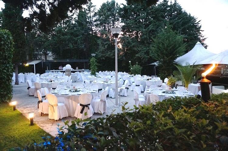 Entorno idílico en celebracion de bodas