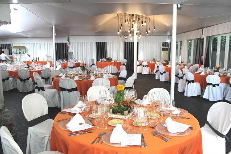 Banquete de boda en carpa acristalada - restaurante Latigazo -