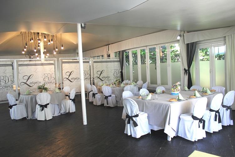 Celebración de banquetes para comuniones - Latigazo restaurante - Madrid