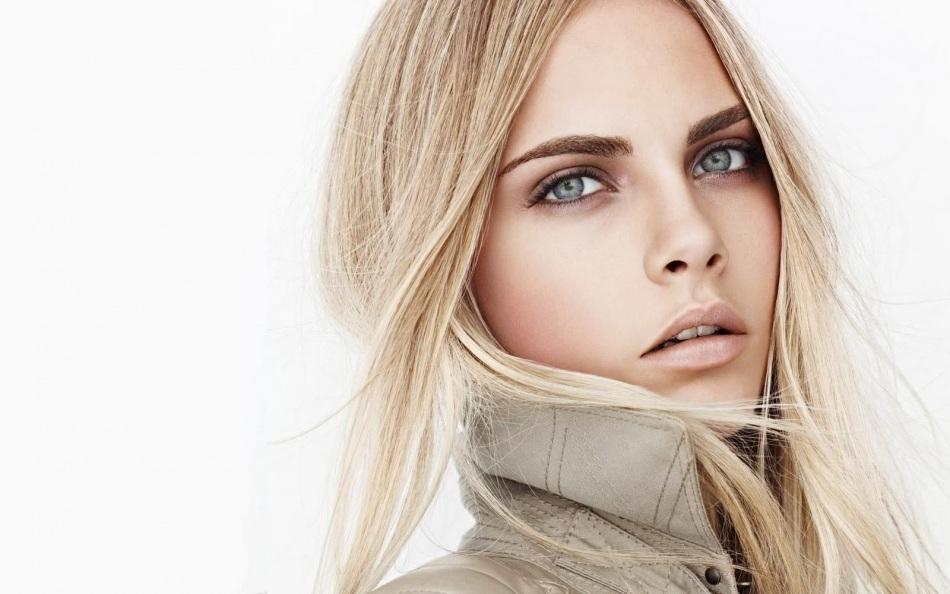 You are not Cara Delevigne so don't act like you are. It's ok to admit you're inexperienced. Don't pretend to be someone you aren't. (Note: if you are actually Cara Delevigne then feel free to get in touch.) Photo credit: Mario Testino.
