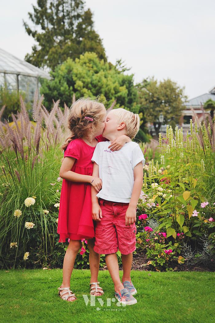 Leon&Olivia014.JPG