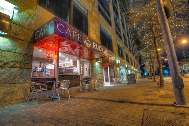 CAFE' RUCKUS