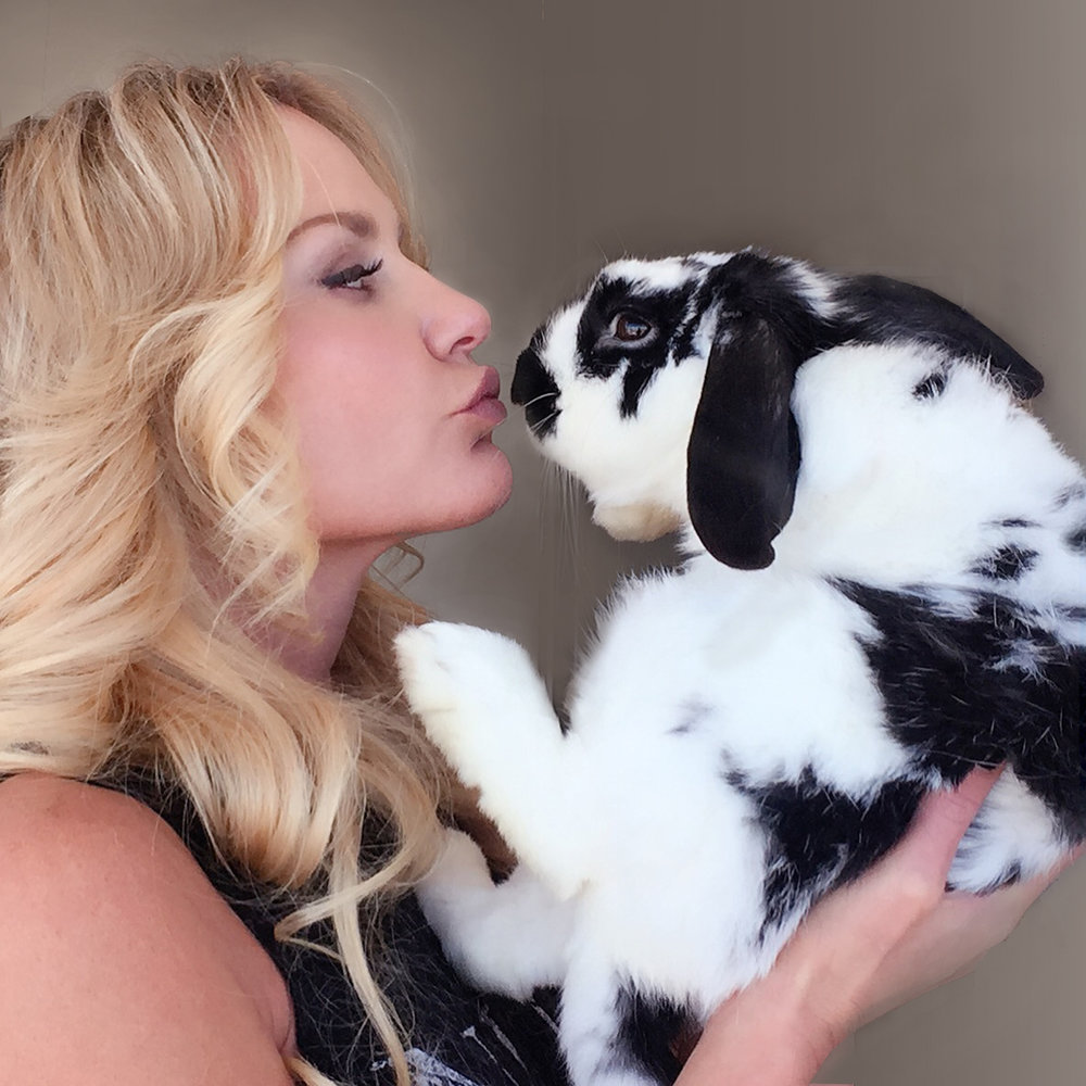 rochelle rae with bunny