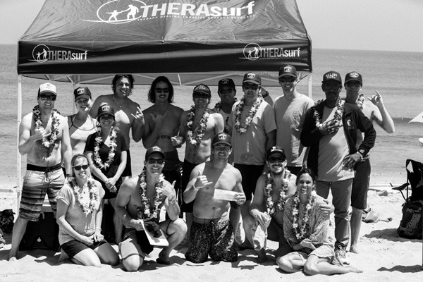 therasurf-groupshot-photo_johnhildebrand.jpg