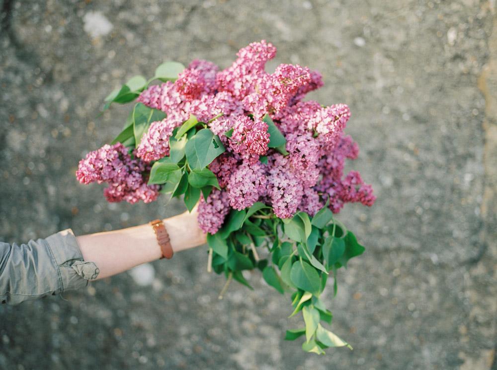 lilac wedding flowers, imogen xiana wedding photography