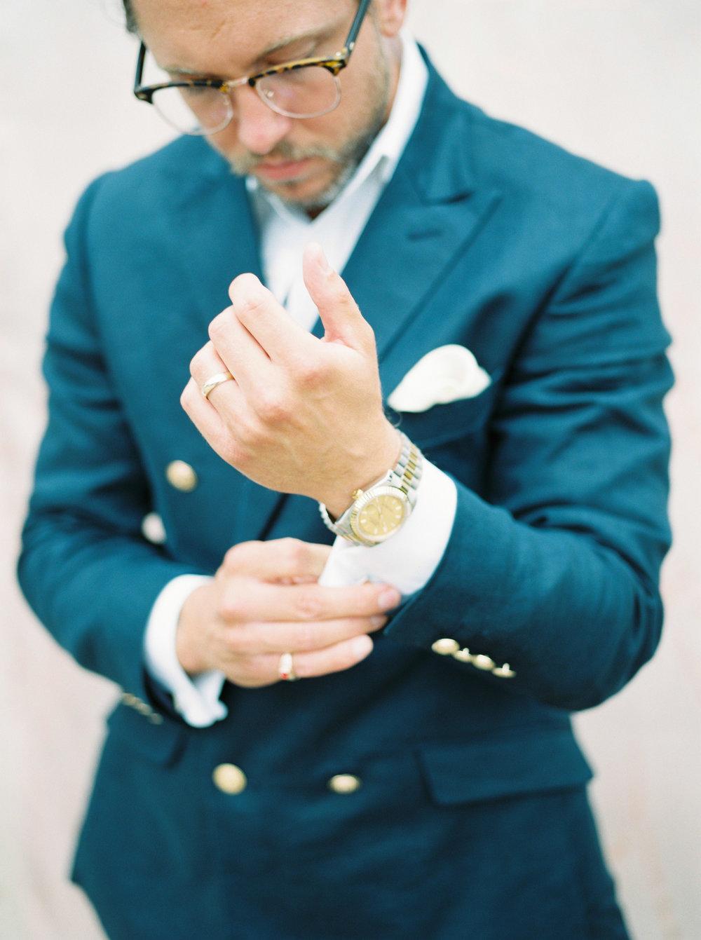 groom portraits by fine art wedding photographer imogen xiana in oxford