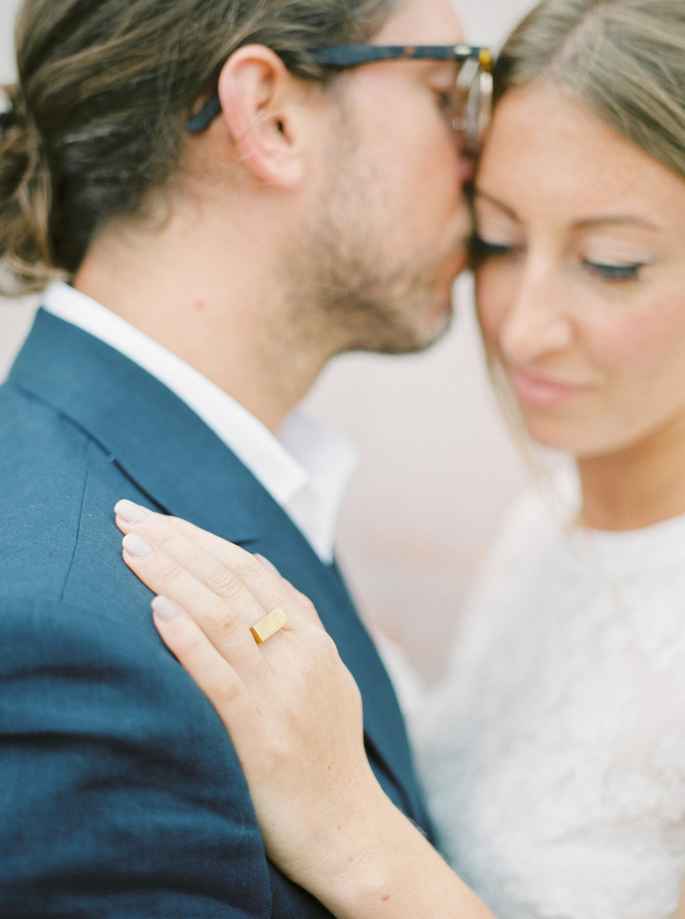 stylish couple married in oxford by imogen xiana