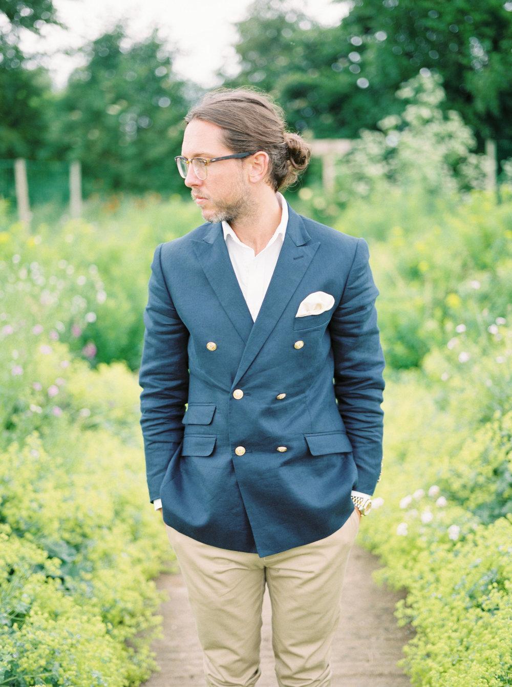 stylish groom by imogen xiana
