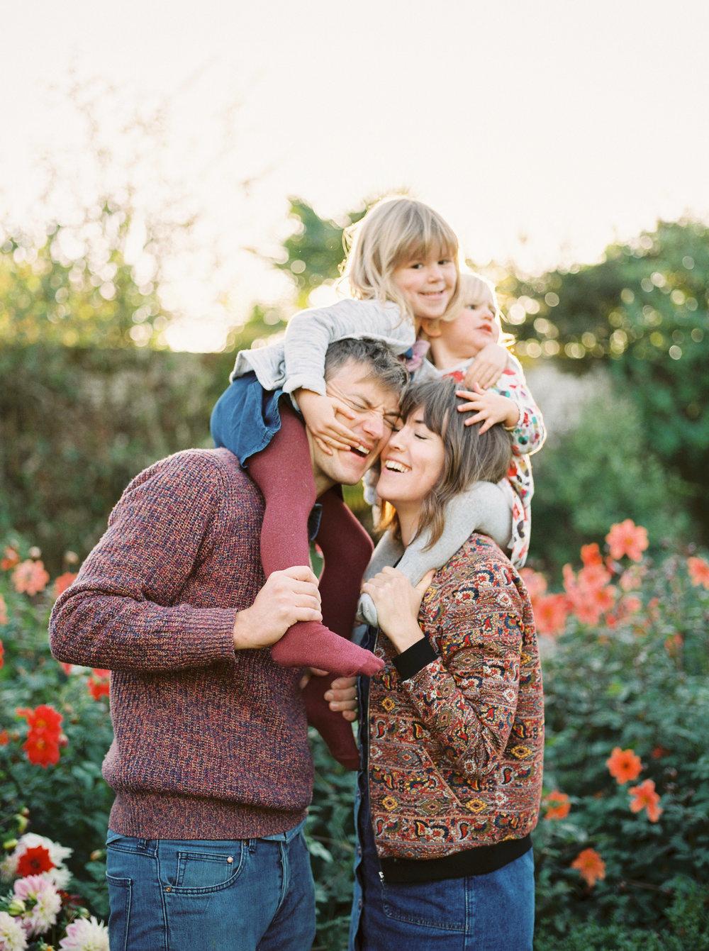 fun and natural family photographer in dorset uk