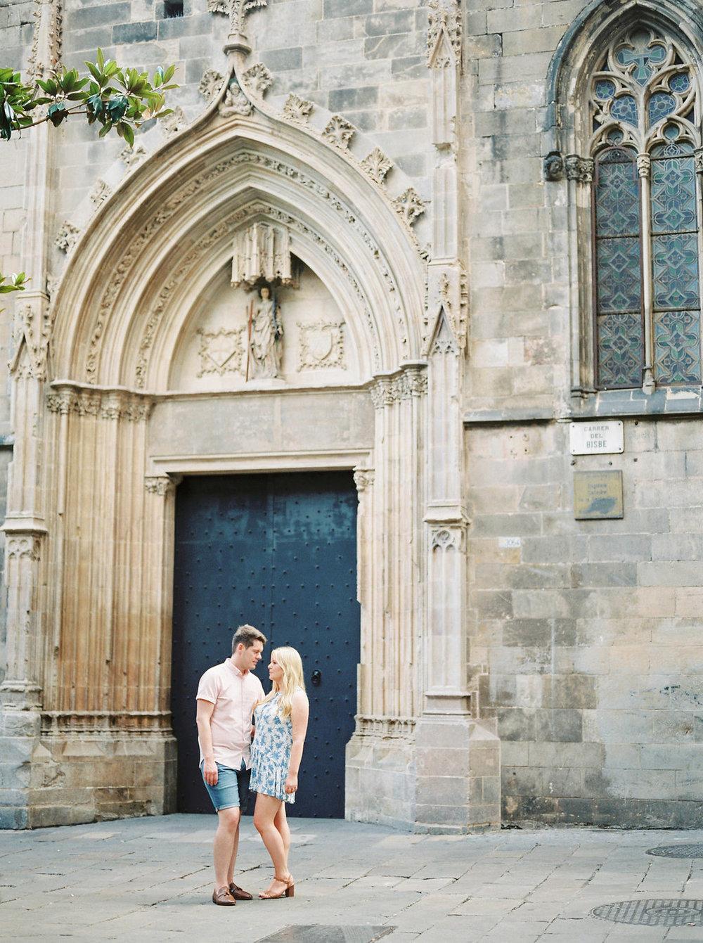 LUKE & AMY - BARCELONA PRE-WEDDING SHOOT