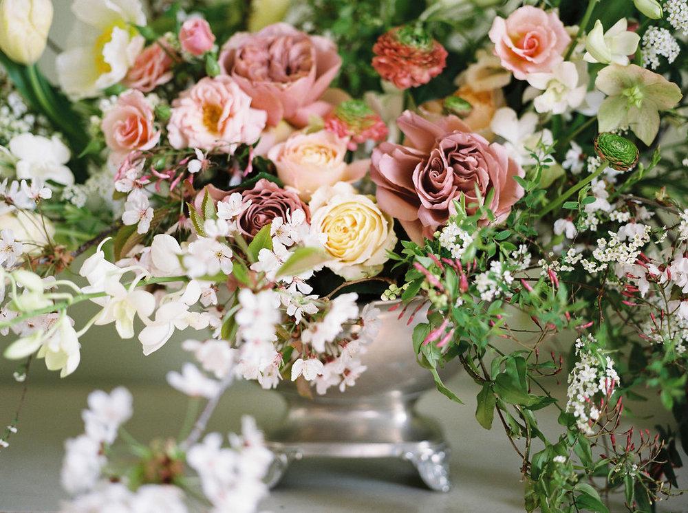 spring time wedding flowers in dorset