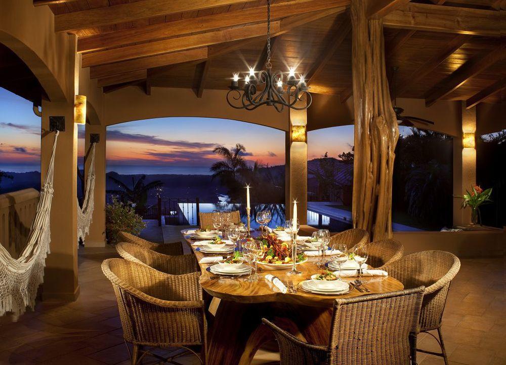 komp-FincaAustria_Villa Mariposa_terrace-2.jpg