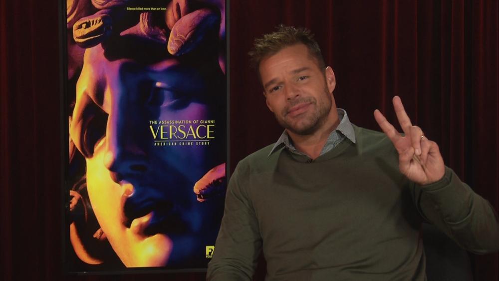 Versace-[2018-01-19_02-41-53]-000.mov.00_09_12_27.Still001.png