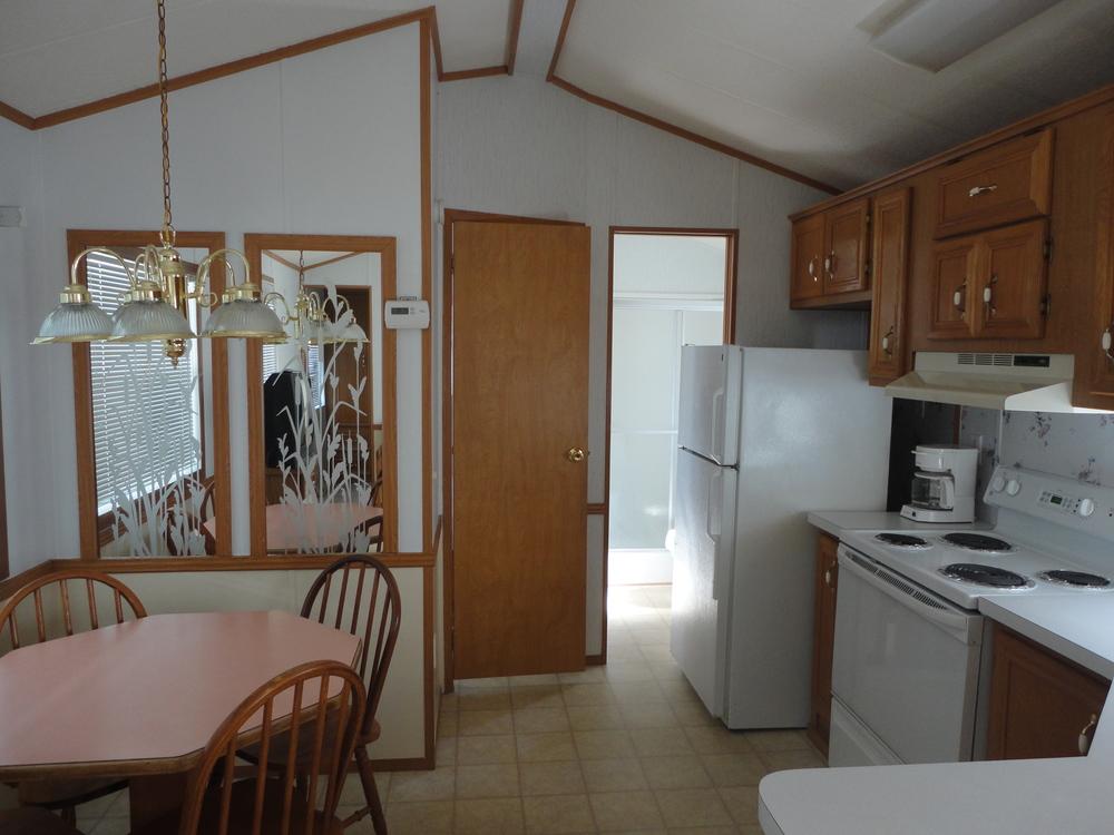 mobile home remodeling before and after joy studio design gallery best design. Black Bedroom Furniture Sets. Home Design Ideas