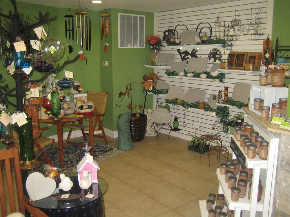 Inside our retail store we have fantastic Home and Garden Decor! Whether you are looking for yourself or you have someone else in mind you are sure to find it at Bellas Home and Garden!