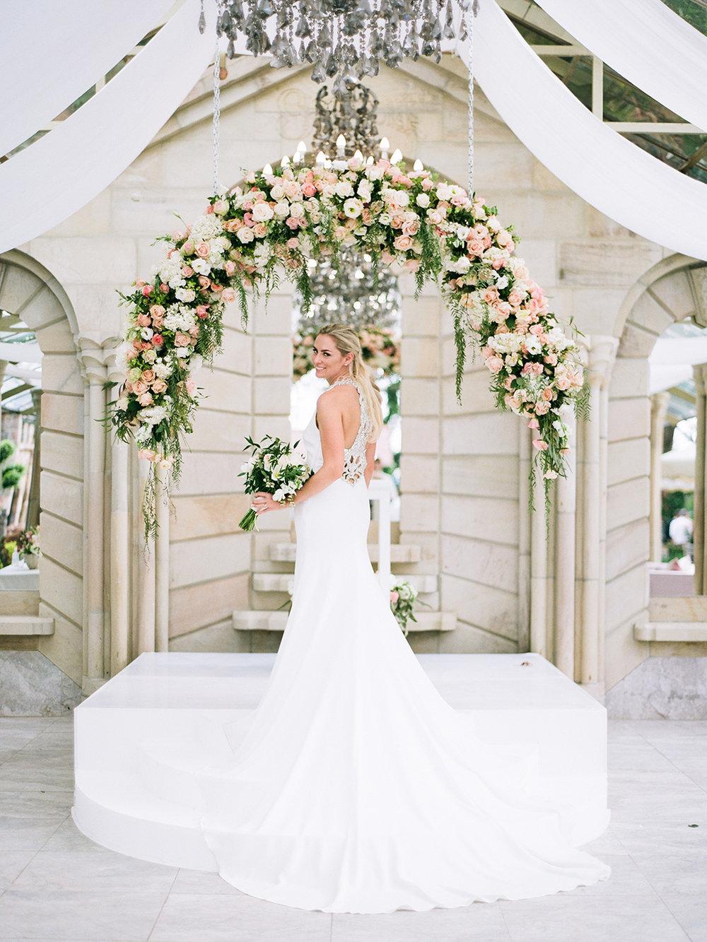 Bride & Floral Arch | Rensche Mari Photography