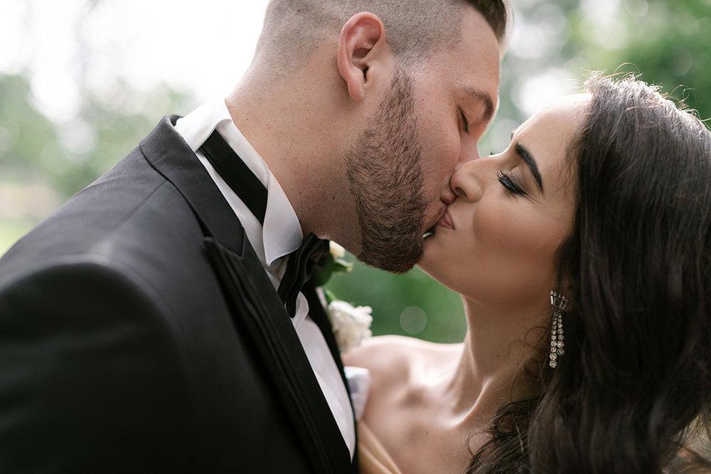 First Kiss | Rensche Mari Photography