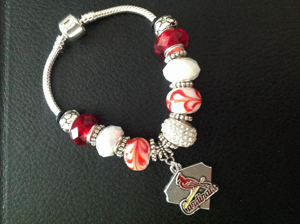Cardinals Charm Bracelet  Click To enlarge