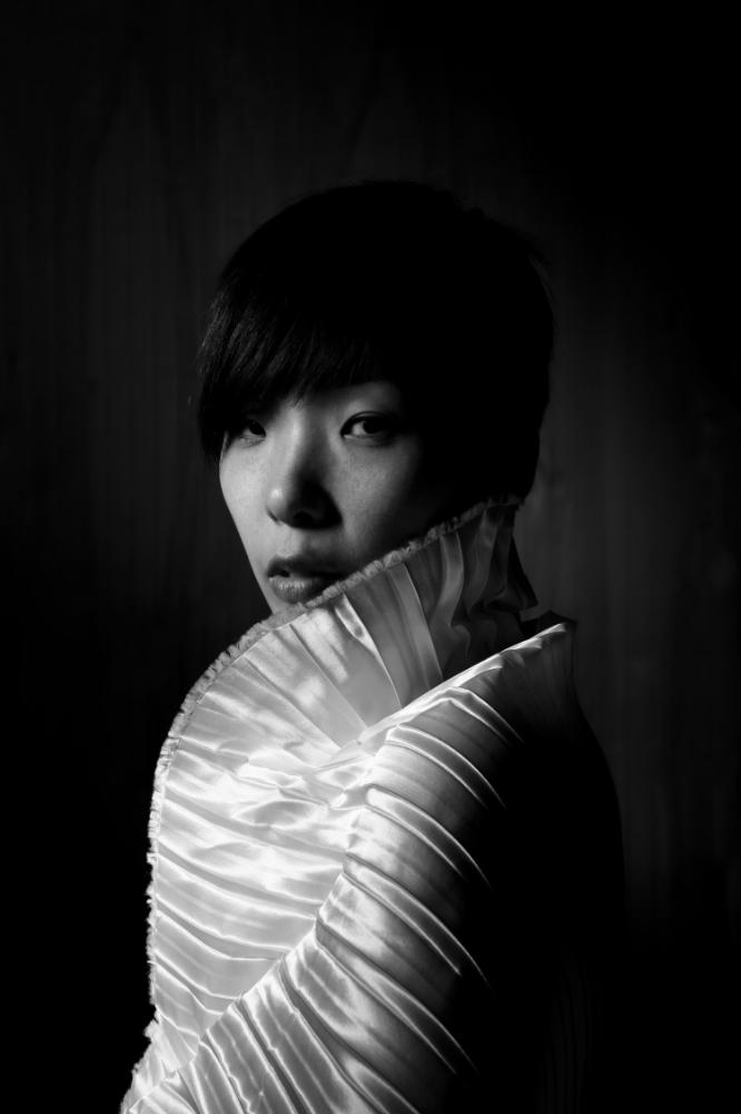 Mai_bw portrait.jpg
