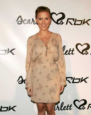Reebok+Scarlett+Johansson+Celebrate+New+Collaboration+0sY6RxB75bll.jpg