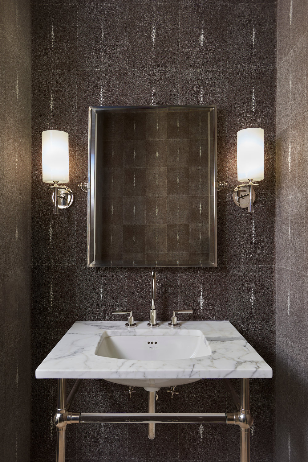 Ritz-Carlton-Magnificent-Mile-bathroom