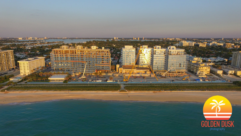 Surf Club - Four Seasons Hotel & Private Residences
