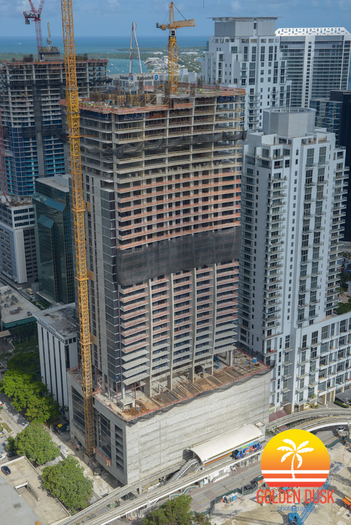 1010 brickell reaches 41st floor golden dusk photography for 13th floor investments