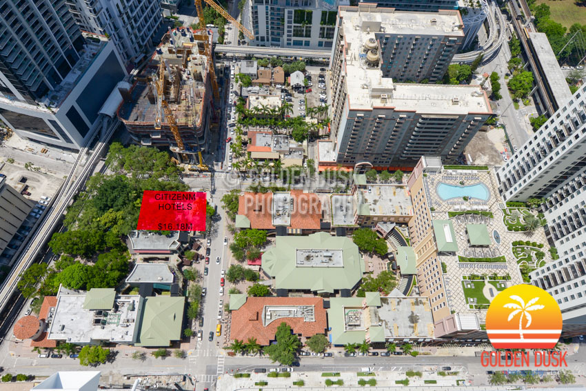Perricone's Marketplace & Café Site in Brickell