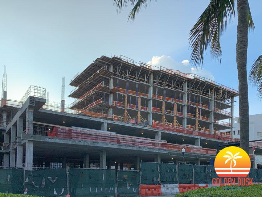 Washington Squared Miami Beach