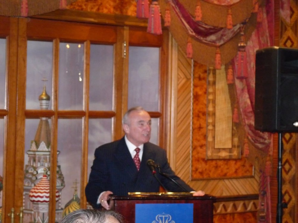 Bratton speaks RTR.JPG