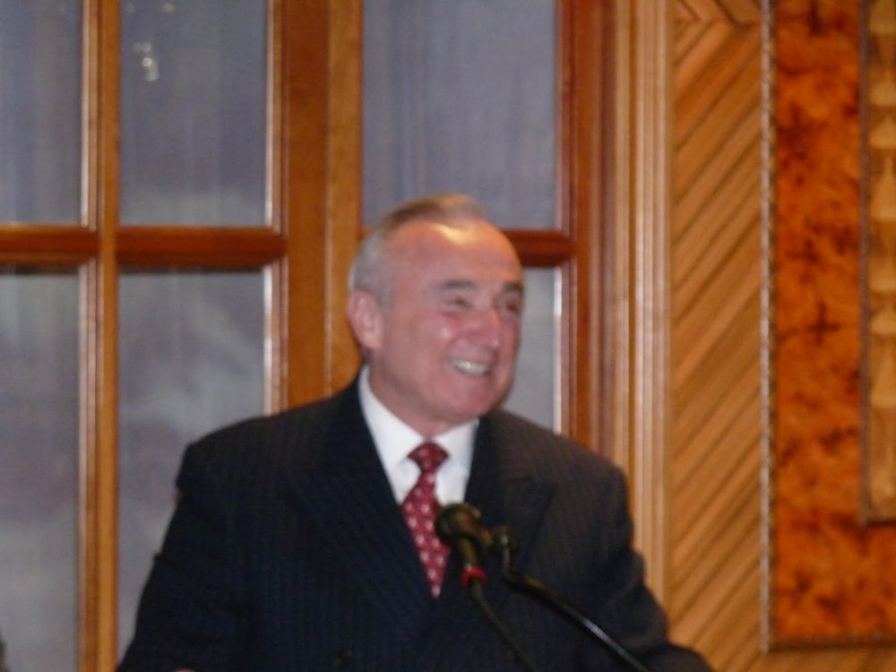 Bratton speaking.JPG