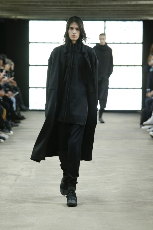 y-3-paris-fashion-week-fw16-1.jpg