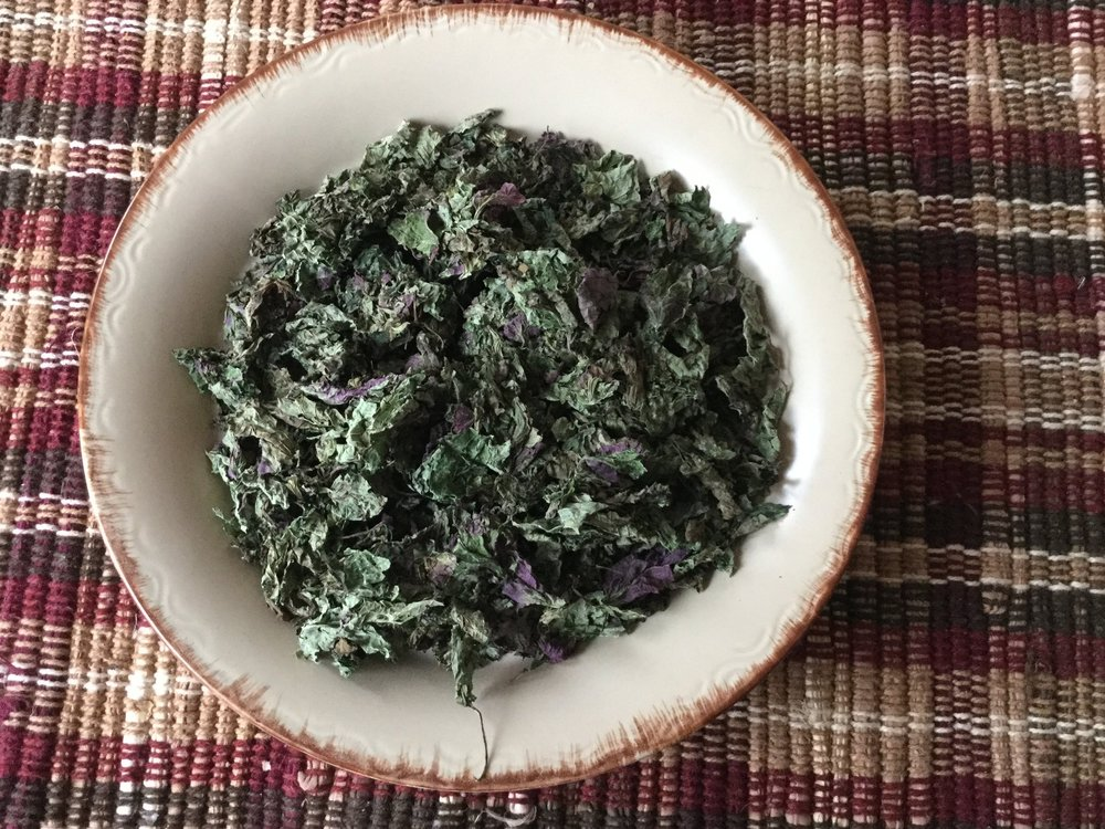 Lemon Balm Aroma of sweet lemons. Has a sweet citrus flavors. Very tasty. One of the first herbs we brewed with.