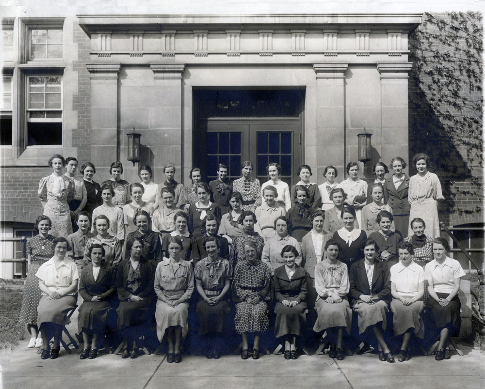 University of Toronto Library School, Class of 1936. Toronto Public Library Digital Archive.