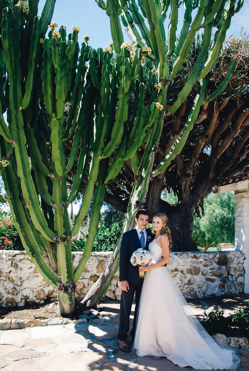 Delightful Austin U0026 Tayloru0027s Romantic San Diego Backyard Wedding