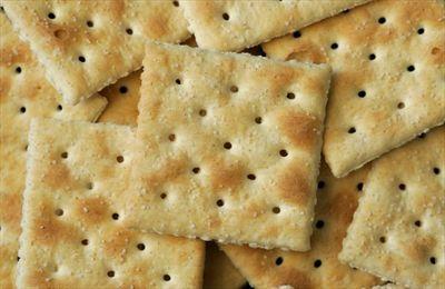 saltine-crackers.jpg